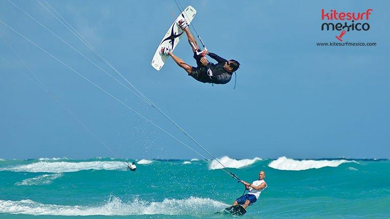kiteboard-Punta-Venado-jump