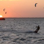 kiteboarding-isla-blanca-sunset