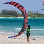 kitesurf-playa-del-carmen-levantando-kite