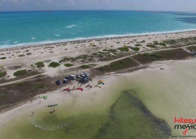 Isla-Blanca-kiteboarding-kites