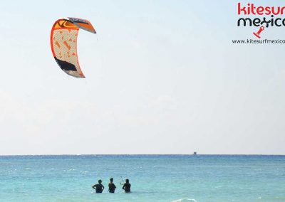 cancun-kite-lesson