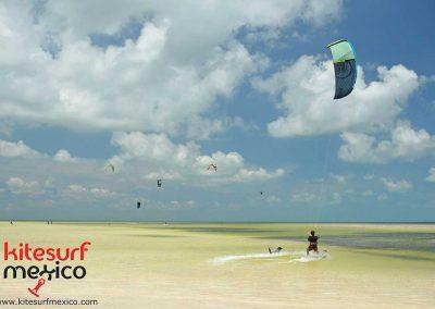 kiteboarding-isla-blanca-cancun