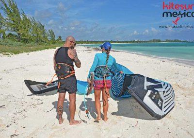 kiteboarding-lesson-kite