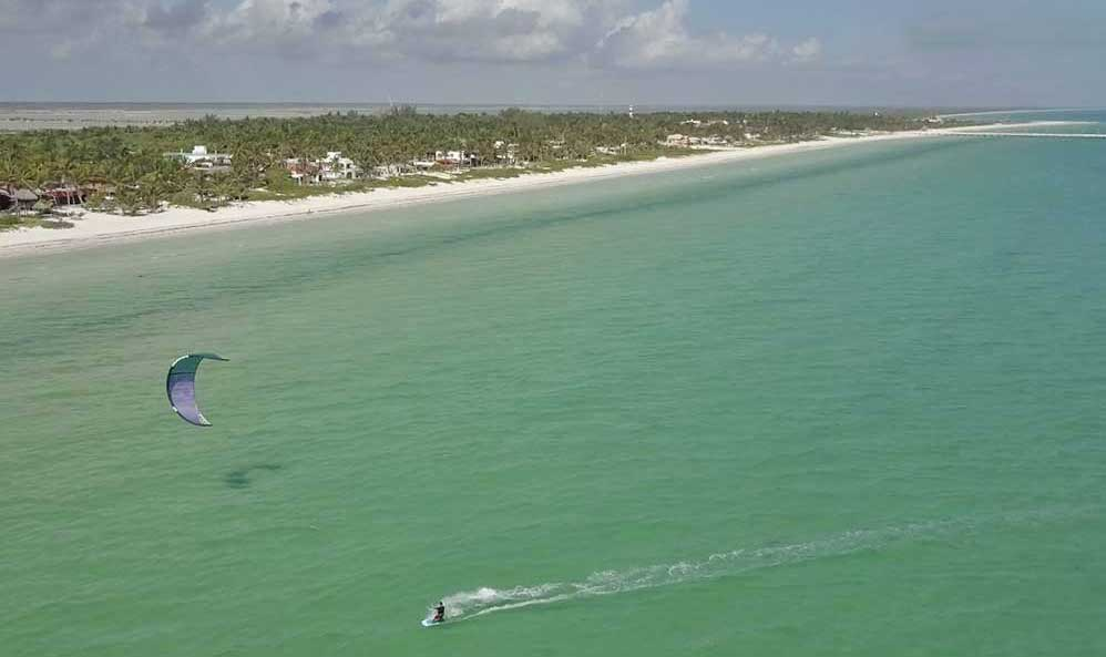 El-Cuyo-kiteboarding-school